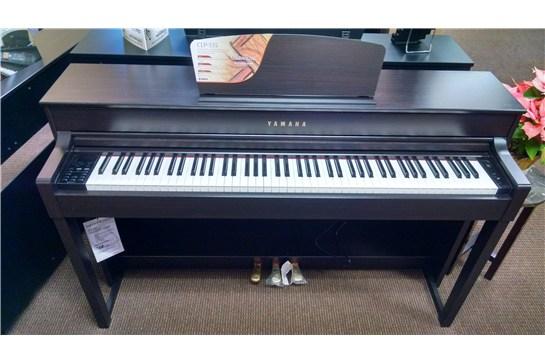 Used yamaha clp 535 clavinova digital piano heid music for Yamaha clavinova cvp 303