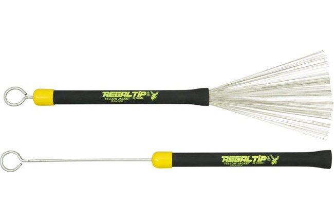 The Regal Tip Yellowjacket Retractable Brushes are extremely versatile, and can retract for safety.