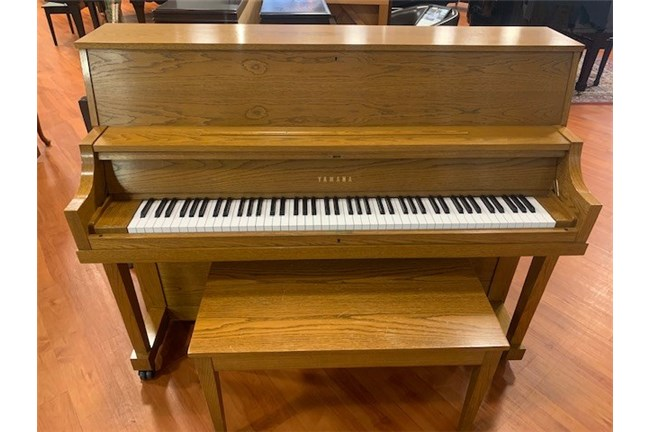 1994 Yamaha P22 Upright Piano - Oak