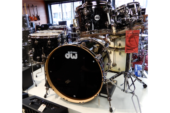DW Collector Series 5 Piece w/Snare Drum Set