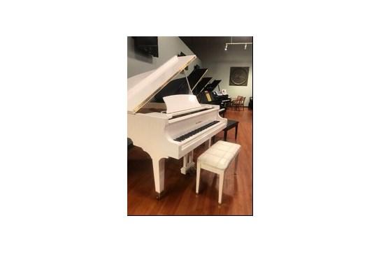 Used C-152 Baldwin 5' Baby Grand Piano - White