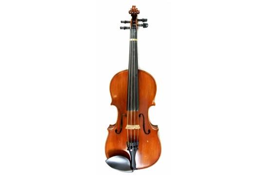 Amati Sacconi Strad 4/4 Violin Outfit - USED