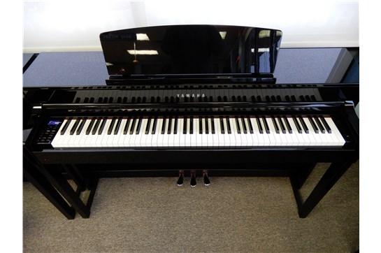 Used Yamaha Clavinova CLP-575 Digital Piano