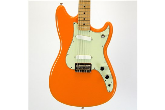 Fender Duo-Sonic w/ Gig Bag 2016 Capri Orange w/ Maple Fretboard