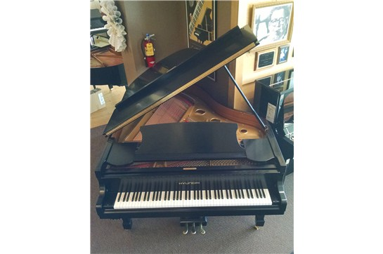 Used Hyundai G84 Grand Piano