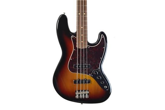 Fender Classic Series 60s Jazz Bass Nitro Lacquer (3-Tone Sunburst) w/Case