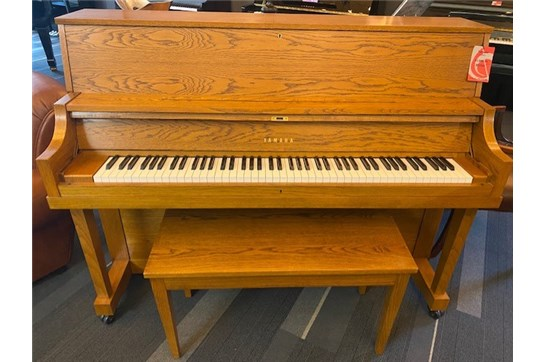 Used Yamaha P22 Acoustic Piano