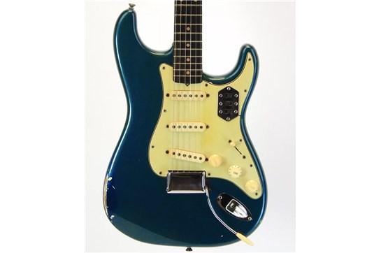 Vintage Fender Stratocaster 1962 w/ Fender Hardcase & Mods Factory Refinished Lake Placid Blue