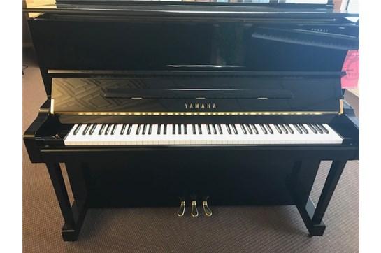 Used Yamaha T121 Piano