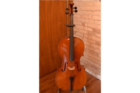 Used 2018 Eastman VC702 4/4 Cello