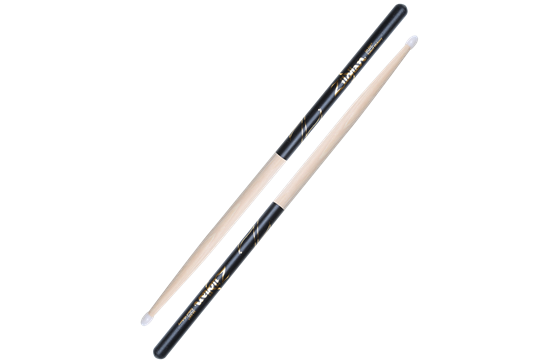 Zildjian 5A Nylon Tip Sticks (Black DIP)